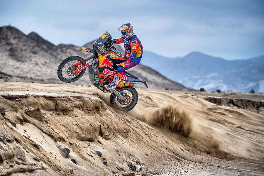 Дуэт Michelin и KTM празднует 18-ю подряд победу на ралли Dakar в зачете Moto