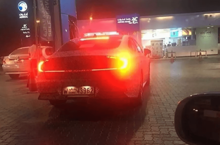 Седан Hyundai Sonata попался в камуфляже