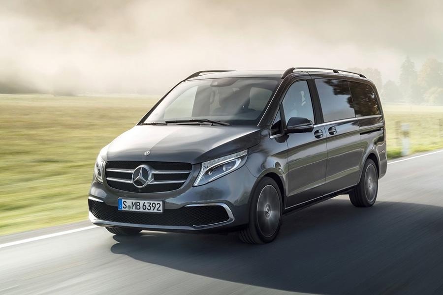 Mercedes обновил минивэн V-Class