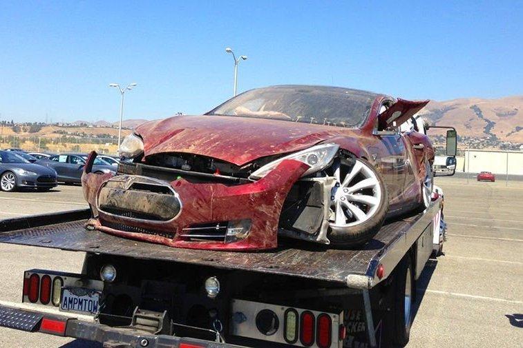 У виновников ДТП предложили отбирать автомобиль