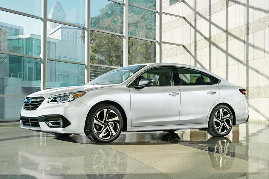 Subaru выкатила Legacy новой генерации