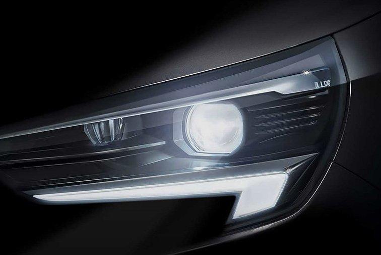 Opel показал первый фрагмент новой Corsa