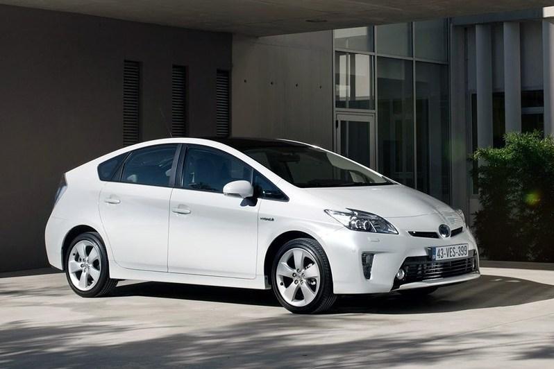 Гибриды Toyota Prius отзывают для ремонта