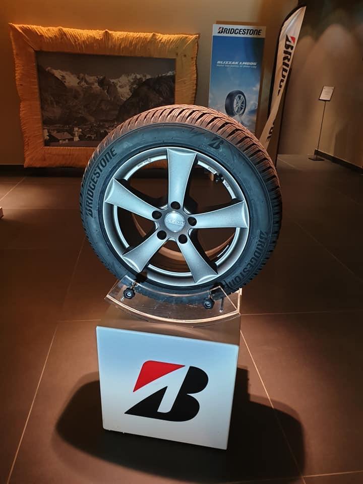 В Италии прошла премьера новой зимней шины Bridgestone Blizzak LM005