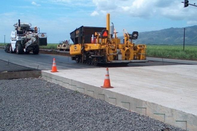 Дмитрий Медведев поручил строить больше дорог из бетона