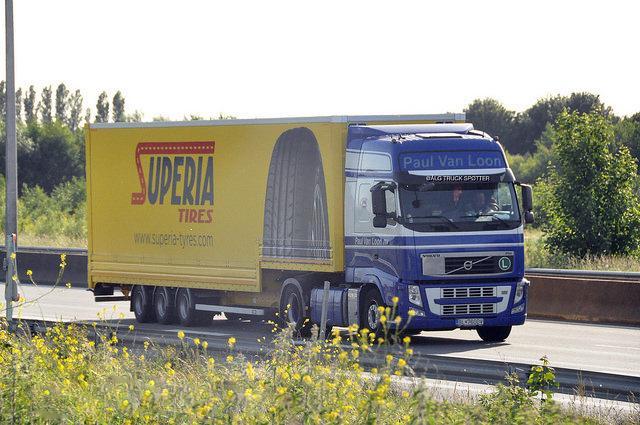 Deldo и ZC Rubber подписали контракт на выпуск шин частного бренда Superia
