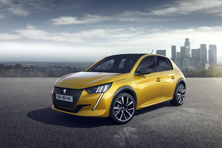 Peugeot 208 сменил поколение