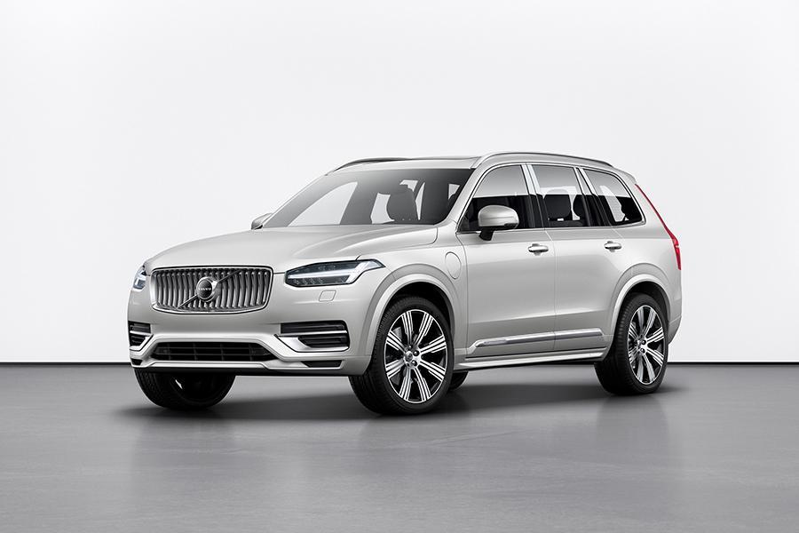 Volvo XC90 обновился в расчете на опытный взгляд