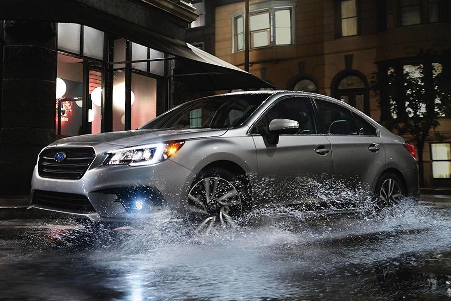 Subaru Legacy для России слегка обновился
