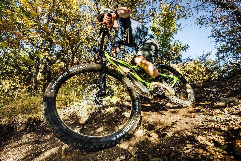 Мишлен представил новую линейку горных велошин E-Wild