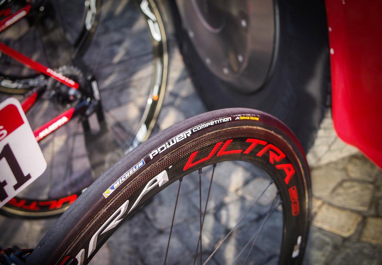 Велопрофи команды Cofidis испытали новые шины Michelin Power Competition
