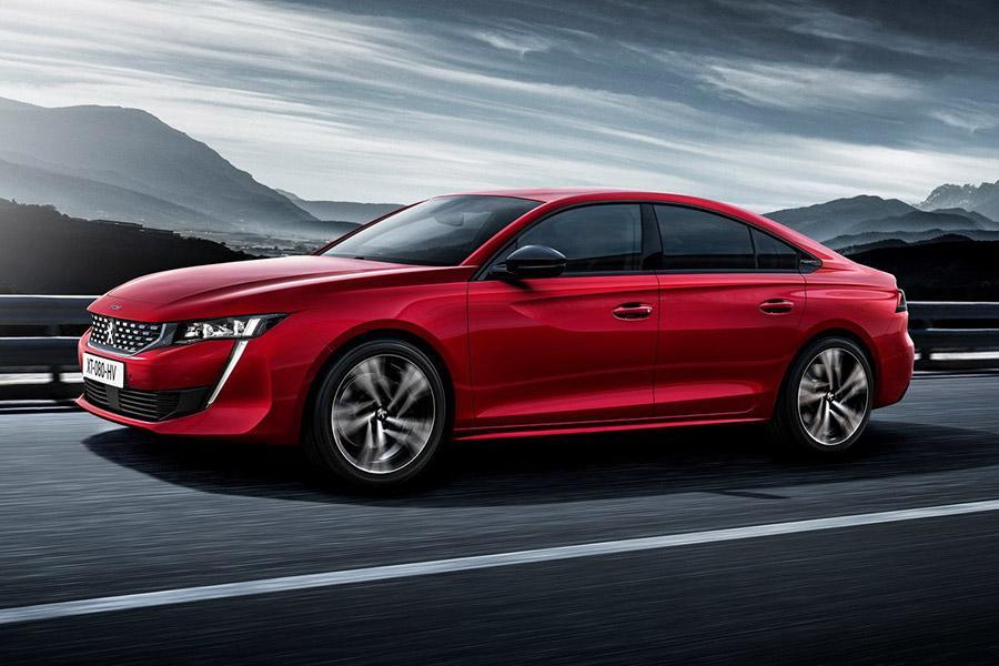 Peugeot привезет лифтбек 508 в Россию