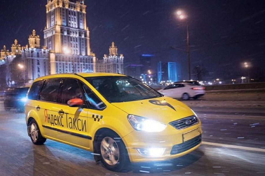 Таксистам запретят рулить больше восьми часов