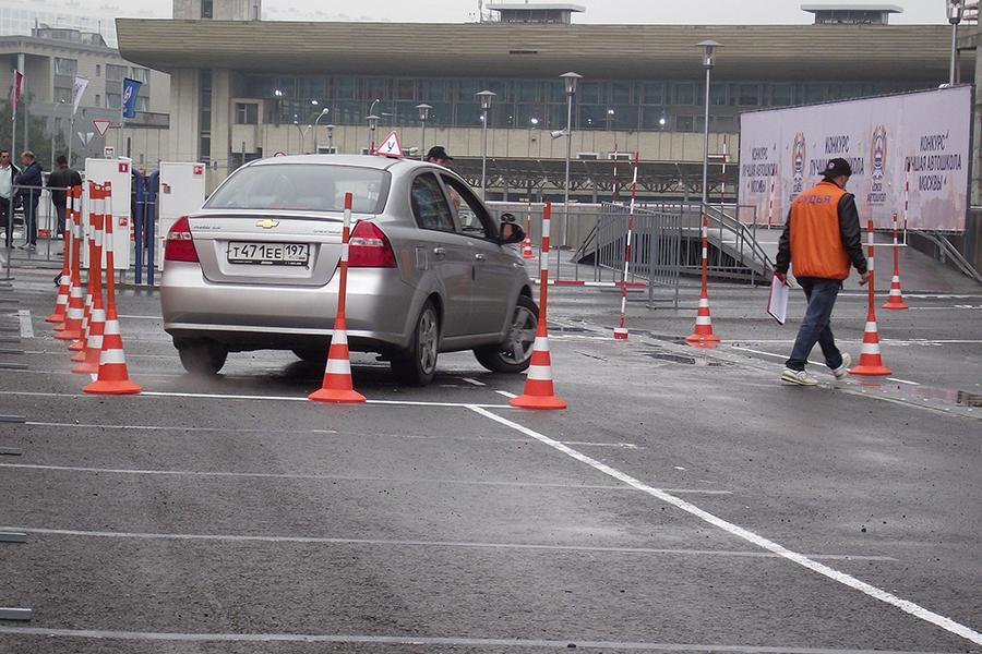 «Аварийных» водителей-новичков предложили переобучать