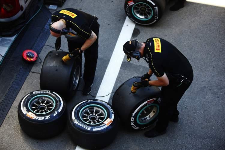 Команды F1 выбрали шины на Гран-при Испании 2019