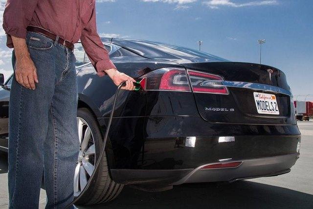 Дизельные машины оказались чище электромобилей