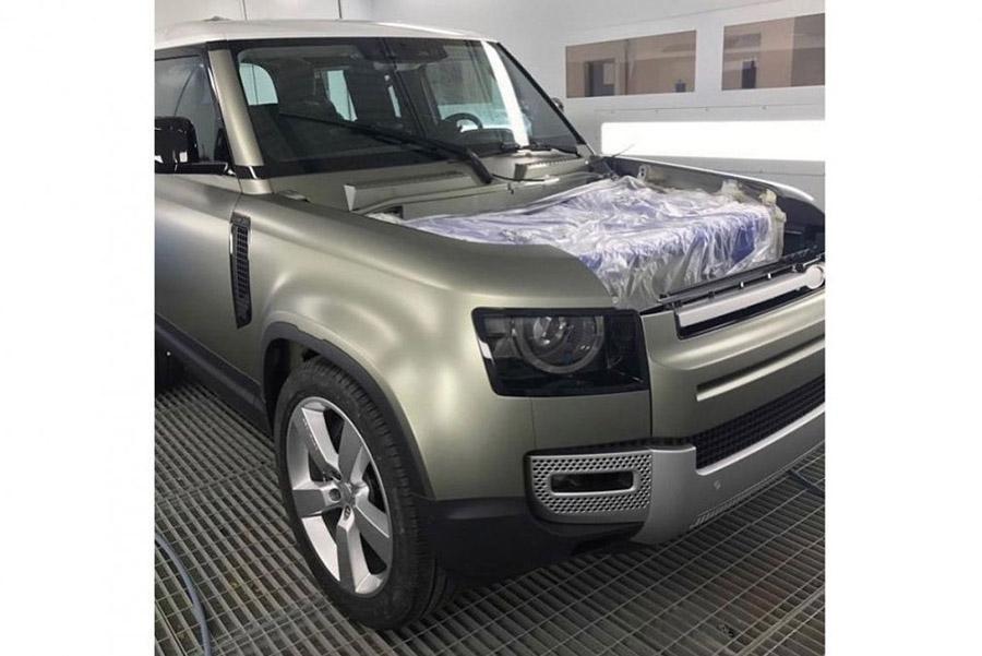 Новый Land Rover Defender снова засветился неофициально