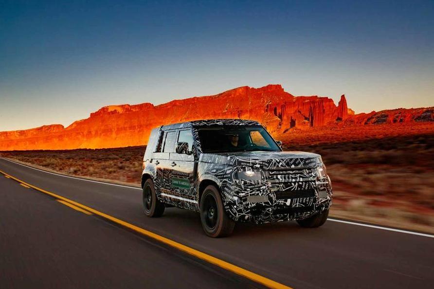 Стали известны размеры и моторы Land Rover Defender