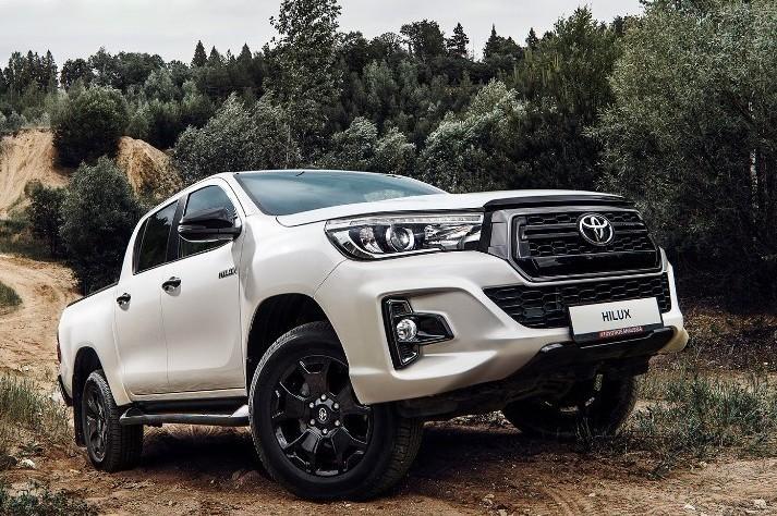 Toyota Hilux вышла в самой дорогой комплектации