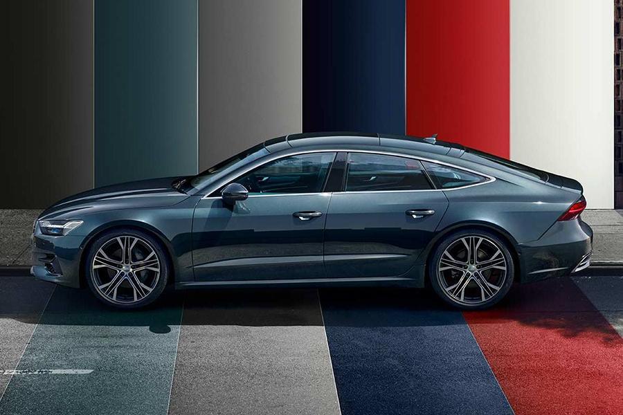 Audi A7 Sportback стал доступнее