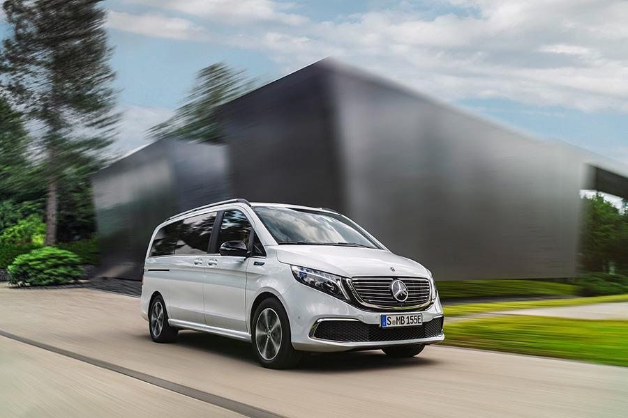 Mercedes представил вторую модель суббренда EQ
