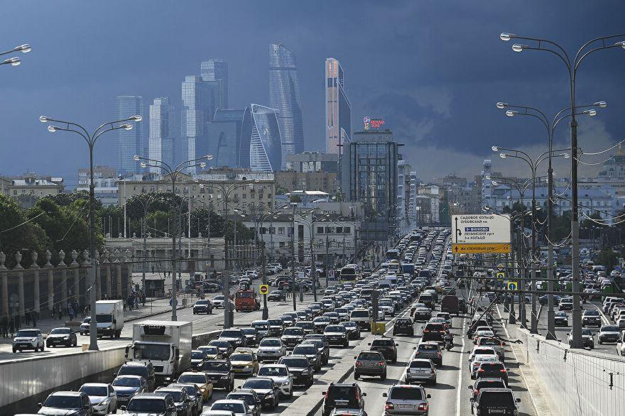 Москвичей предупредили о возвращении пробок на дорогах