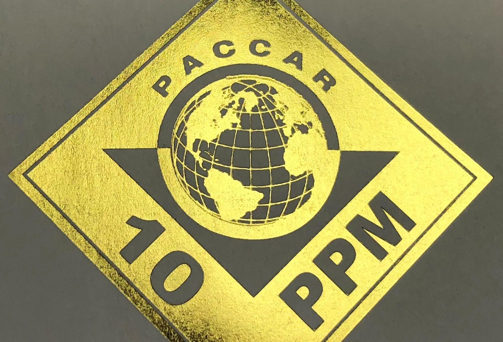Компания Paccar наградила Bridgestone Americas за высокое качество поставляемых шин
