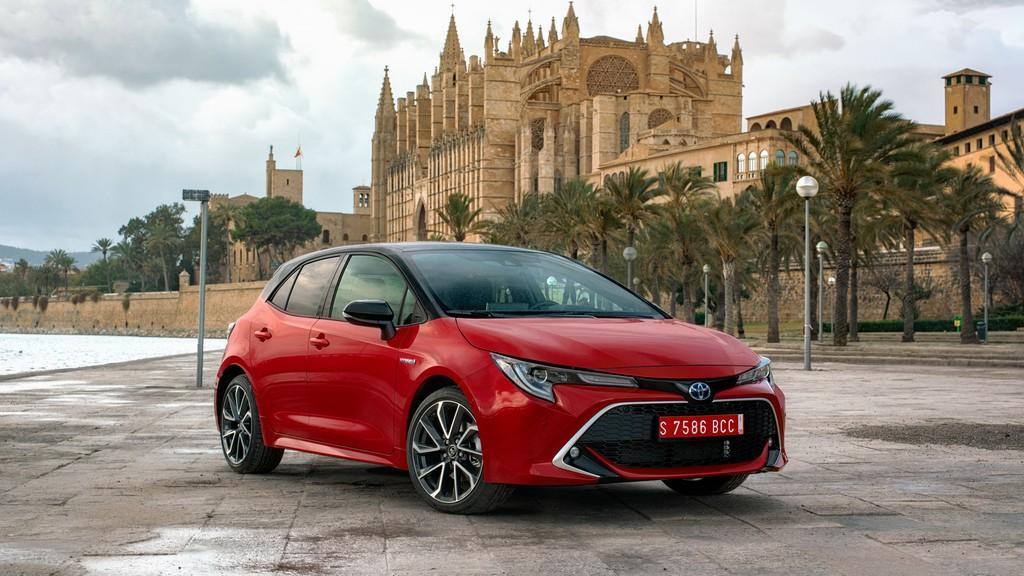 Новые седаны и хэтчбеки Toyota Corolla получат оригинальные шины от Falken