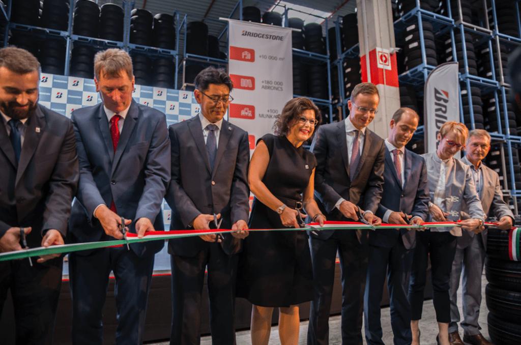 Bridgestone открывает новый склад и увеличивает мощности своего завода в Венгрии