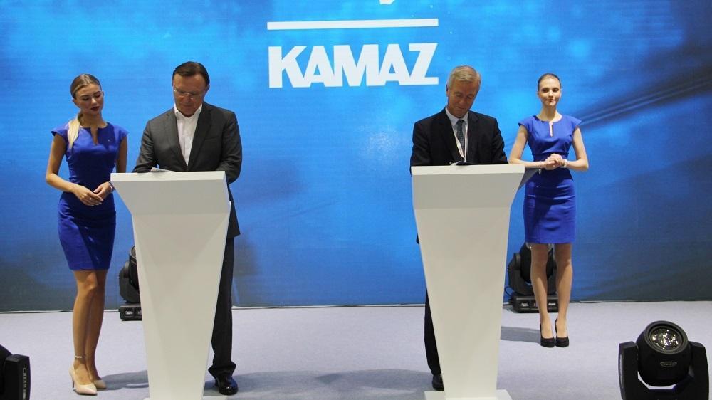 Мишлен и КАМАЗ продлили договор стратегического партнерства