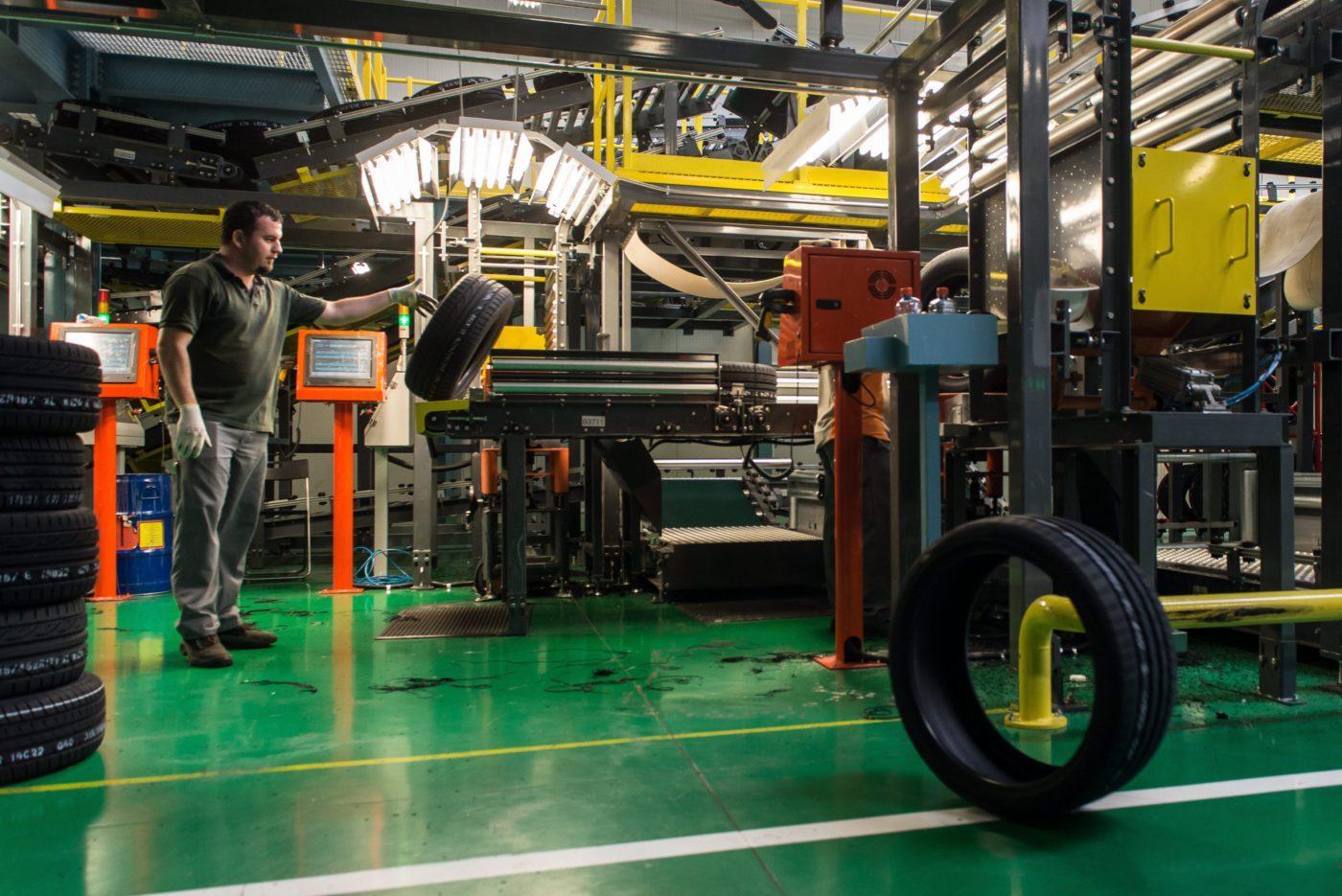 Hankook решила заморозить проект расширения мощностей своего завода в Венгрии