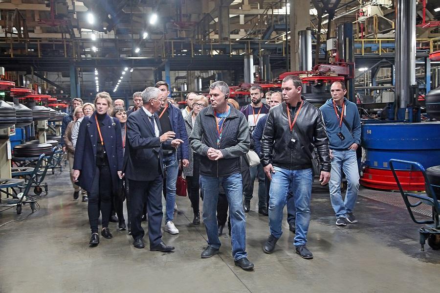 Нефтехимики Тольятти побывали в гостях у нижнекамских шинников