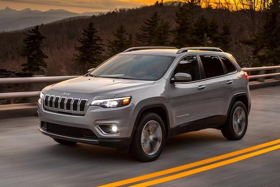 Jeep Cherokee отзывают в России дважды за месяц