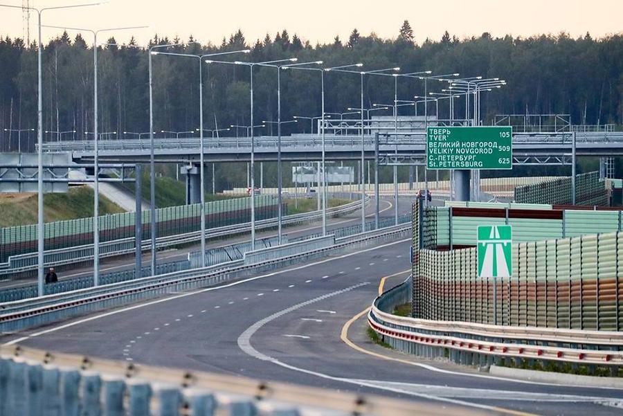 Полностью магистраль М-11 откроют через месяц