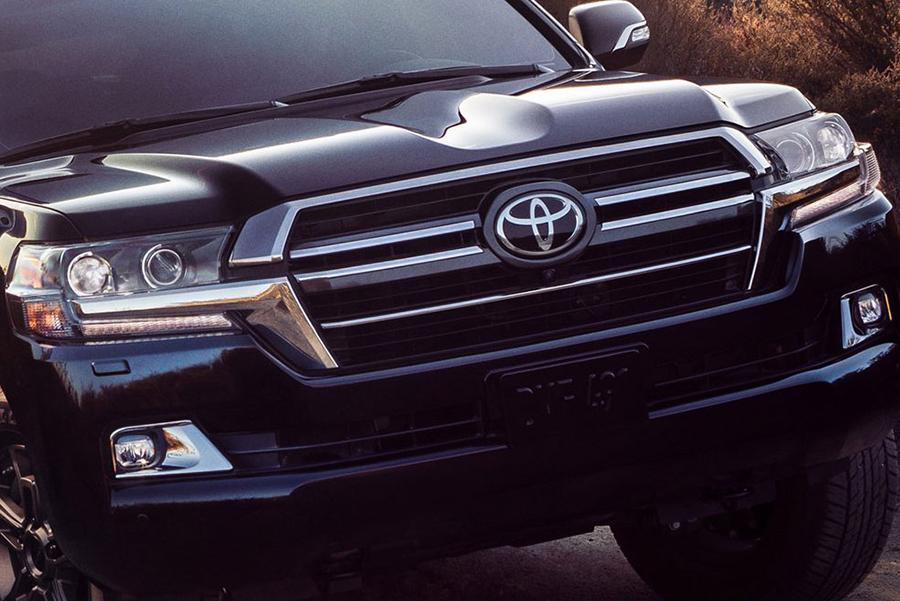 Марке Toyota не нравятся слухи о Land Cruiser 300