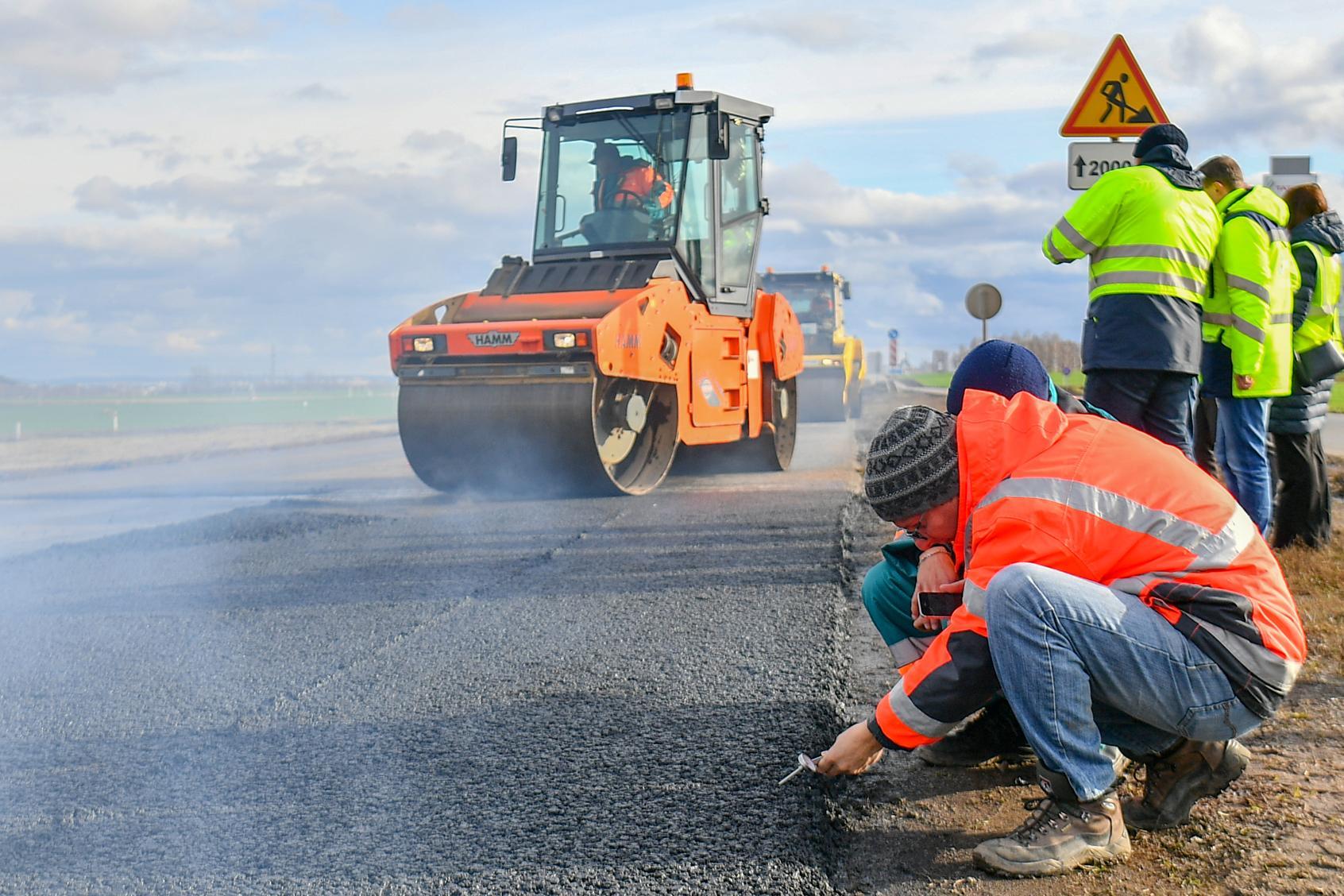 «Татнефть» тестирует технологию использования отработанных шин в дорожном строительстве