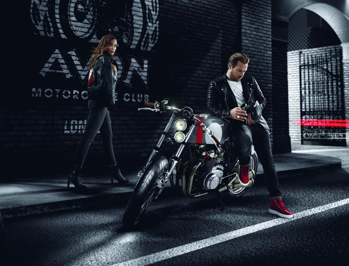 На рынок выходит новое поколение спортивно-туристических мотошин Avon