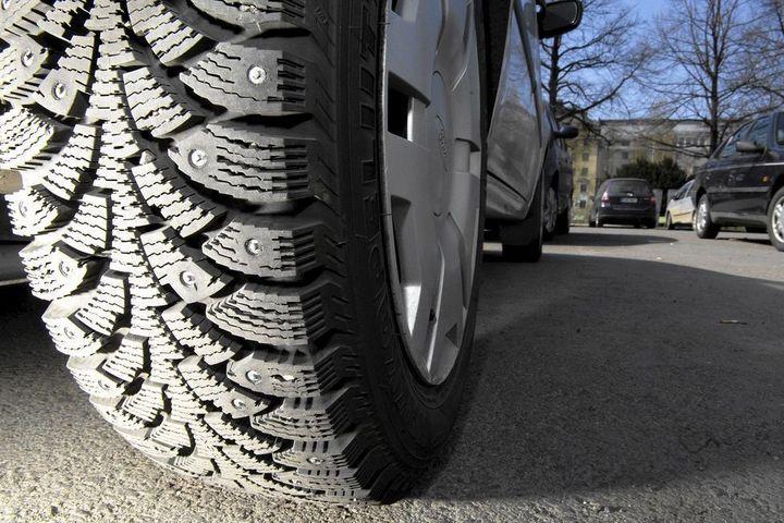 «Автодор» настаивает на законодательном ограничении срока эксплуатации шипованных шин