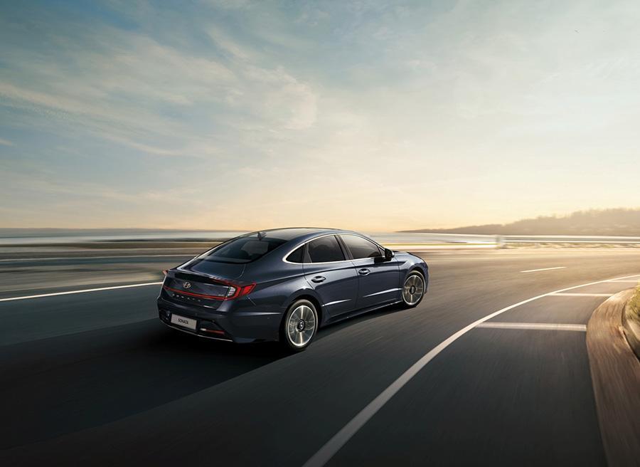 Седан Hyundai Sonata подорожал после смены поколения