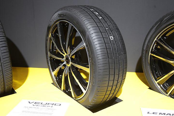 Sumitomo готовит запуск новой пассажирской шины Dunlop Veuro VE304