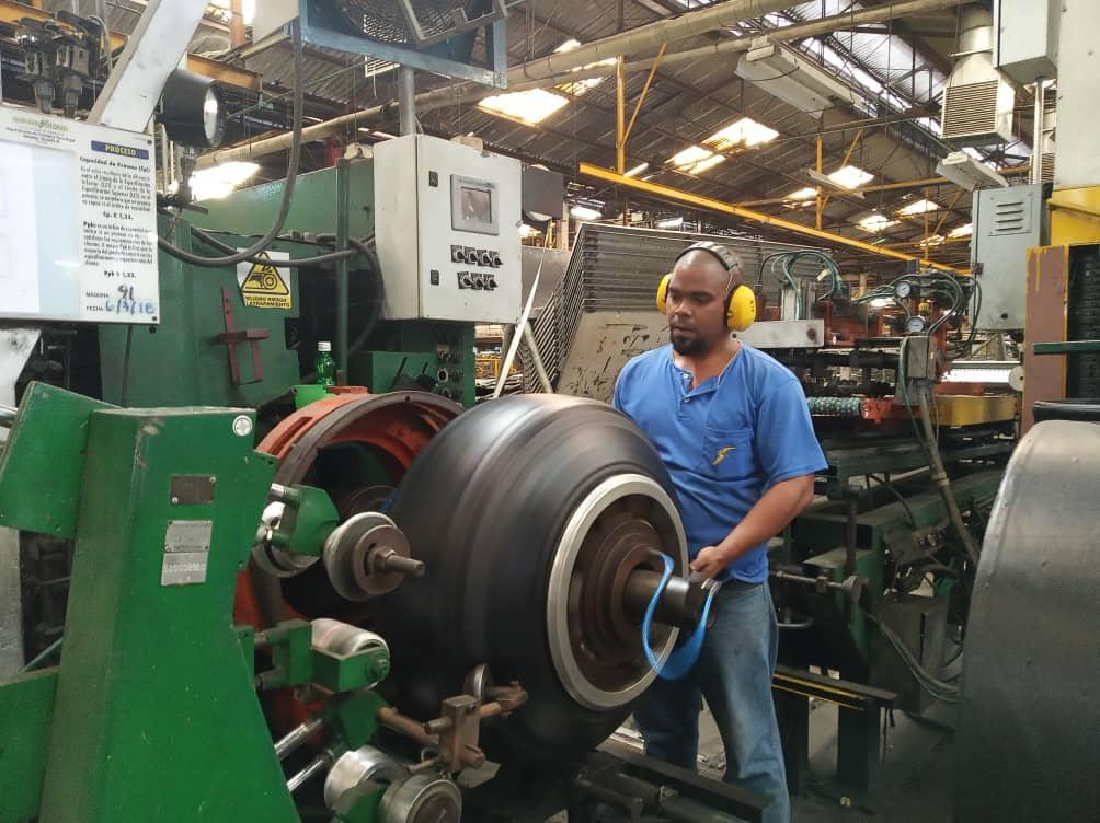 Завод Goodyear в Венесуэле планирует увеличить производство покрышек в 4 раза