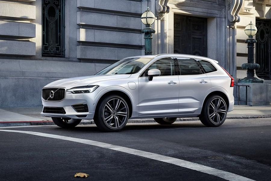 Volvo отзывает 736 тысяч машин из-за программной ошибки