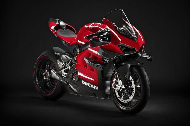 Ducati обует свой новый супербайк в сделанные на заказ мотошины Pirelli Diablo Supercorsa SP