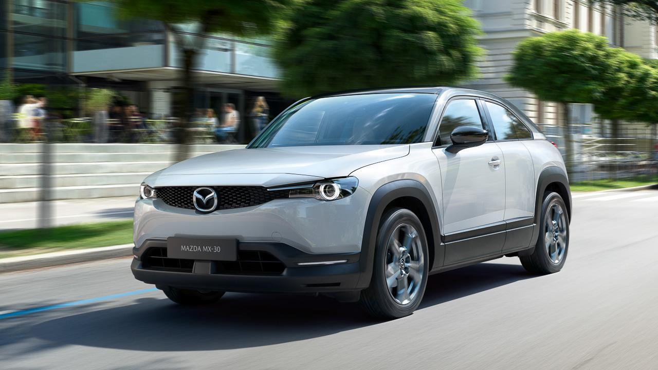 Мягкие гибриды Mazda MX-30 «обуют» в премиум-шины Bridgestone Turanza T005A