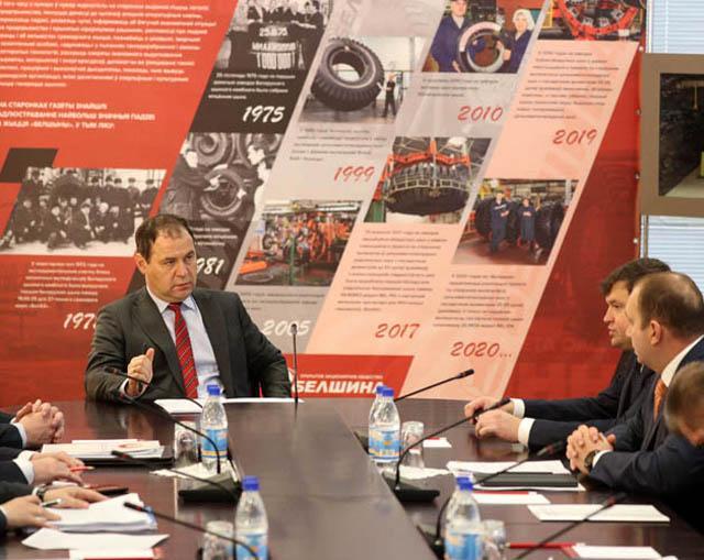 Глава правительства Беларуси побывал в гостях у бобруйских шинников