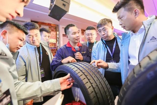 Linglong показала дистрибьюторам две новые пассажирские шины