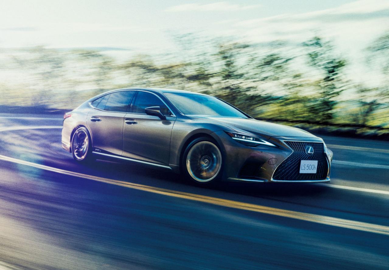 Рестайлинговый Lexus LS укомплектуют шинами Bridgestone с технологией Run Flat