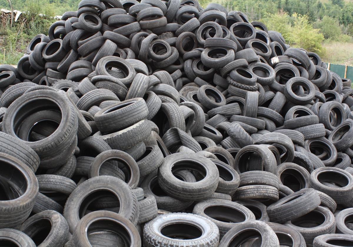 Мэр Екатеринбурга заявил о планах строительства завода по переработке автопокрышек