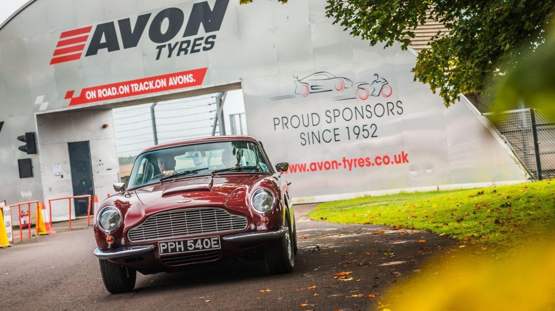 Avon Tyres продлевает спонсорский контракт с трассой Castle Combe