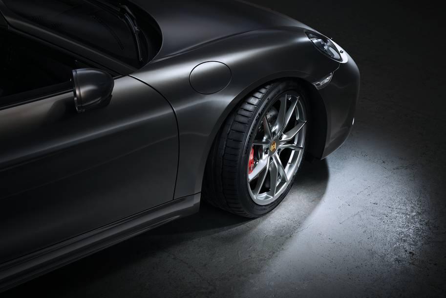 Hankook Tire начала поставки шин для заводской комплектации Porsche 718